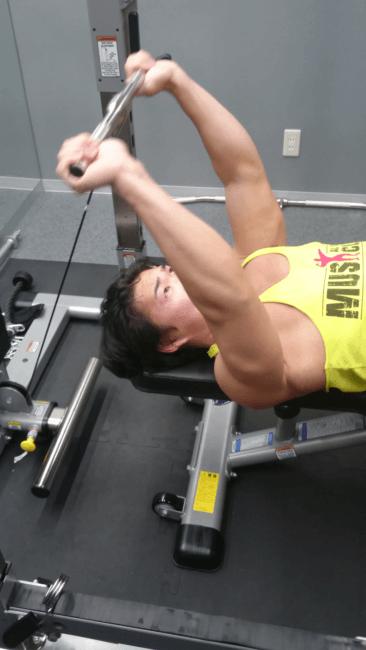 二の腕の鍛え方